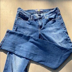 "Lucky jeans ""Sweet straight"" dk denim barley worn"